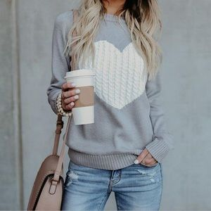 Heart In Cable Knit grey sweater